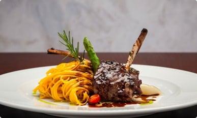 La Varenne - Restaurante no Patio Batel